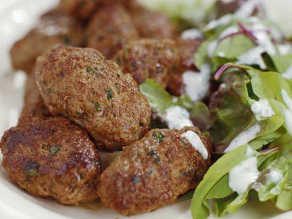 grekiska färsbiffar med fetaost
