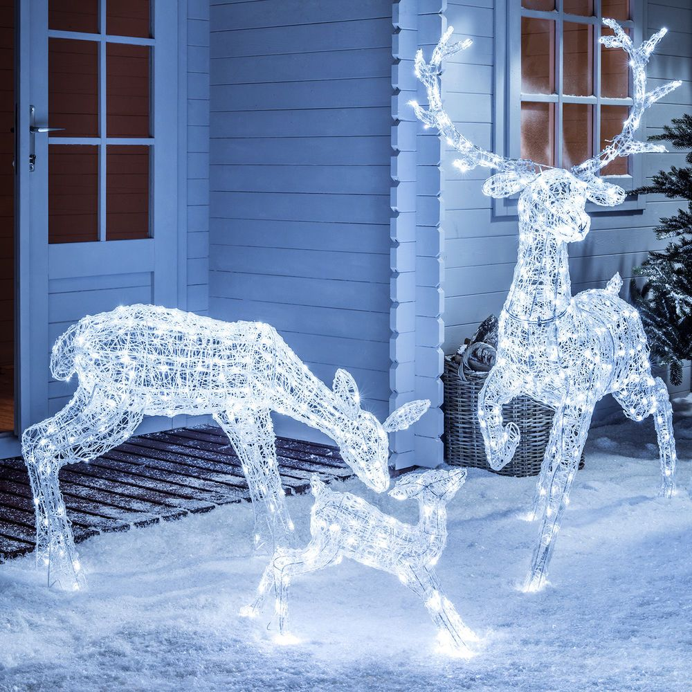 light up led sparkly christmas reindeer indoor outdoor acrylic figures 3 styles in home furniture diy celebrations occasions christmas decorations