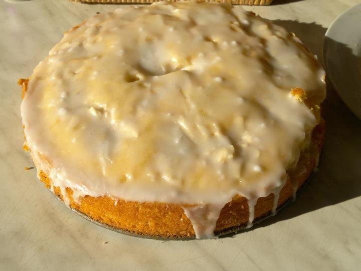 Zitronen-Kokos-Kuchen - auch sehr lecker geworden und der Teig sehr fluffig! Grundrezept gefunden auf chefkoch.de