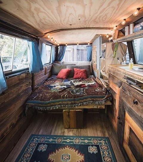 20 vans transformés en maison qui vont vous donner des envies de road trip #roadtrip