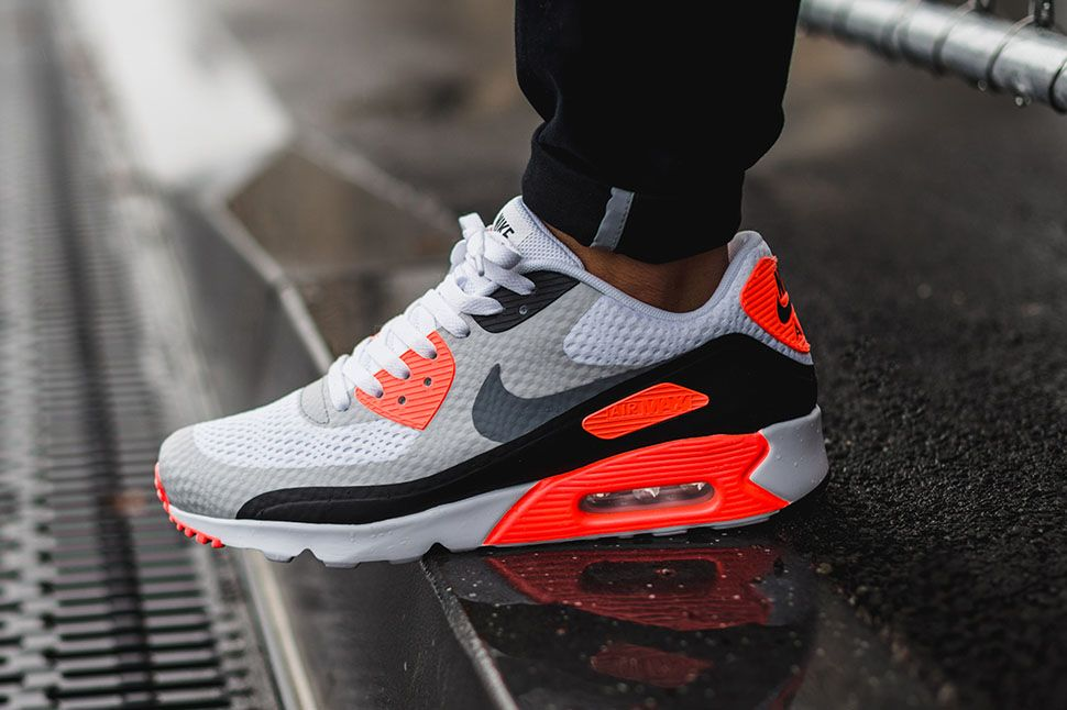 Infrared & Ultra: the Air Max 90 Ultra Essential Goes OG