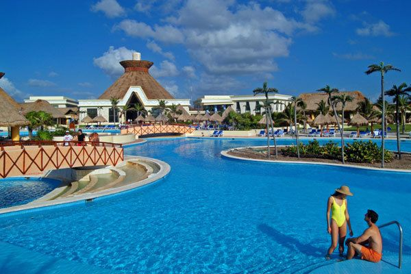 Google Image Result for http://www.redtag.ca/images/hotels/Bahia%2520Principe%2520Tulum_Cancun.jpg