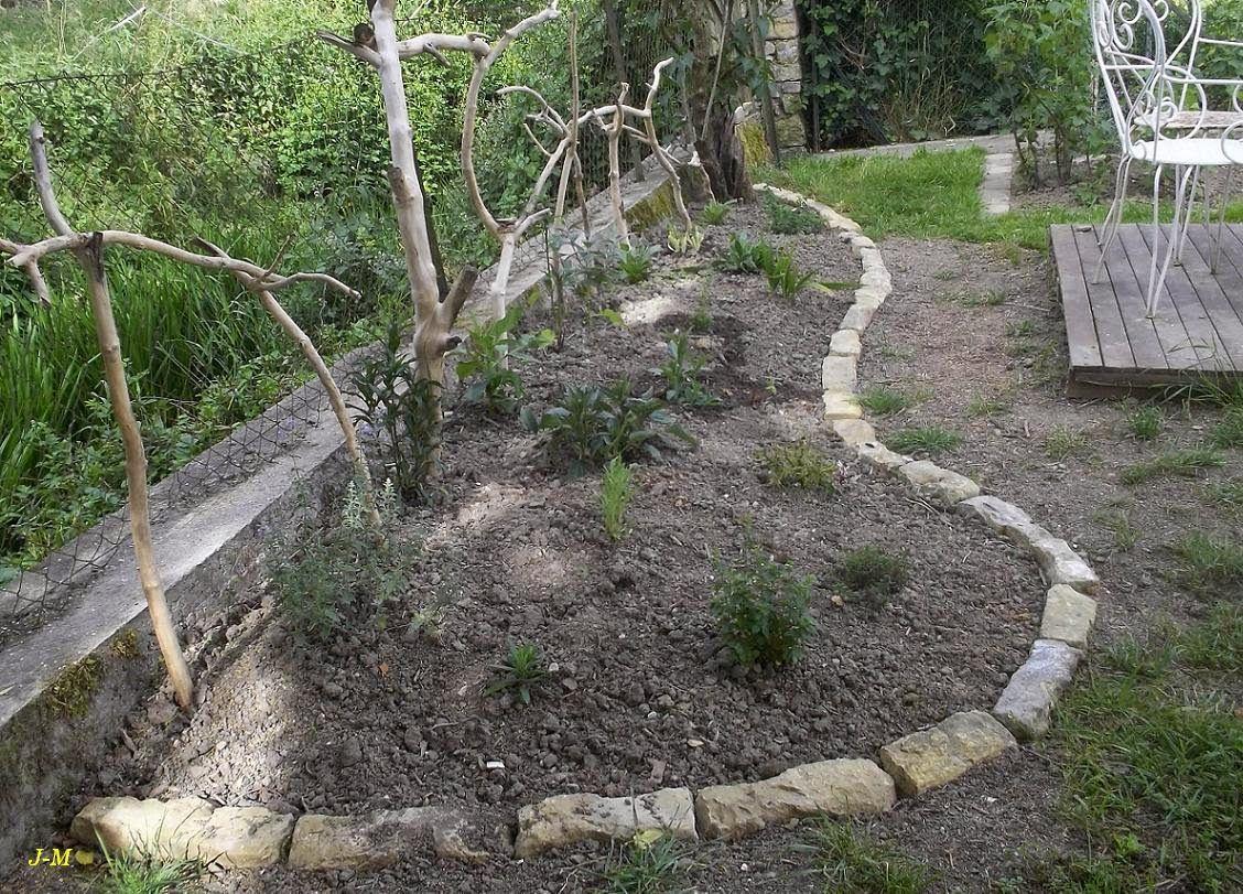 Bordure en pierre du massif du lilas mes r alisations - Au jardin de mon pere les lilas sont fleuris ...