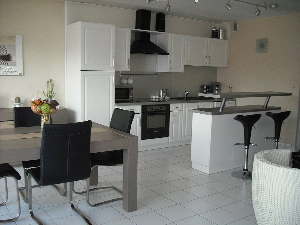 Cómo tunear un mueble de melamina | Cocinas pequeñas | Pinterest ...