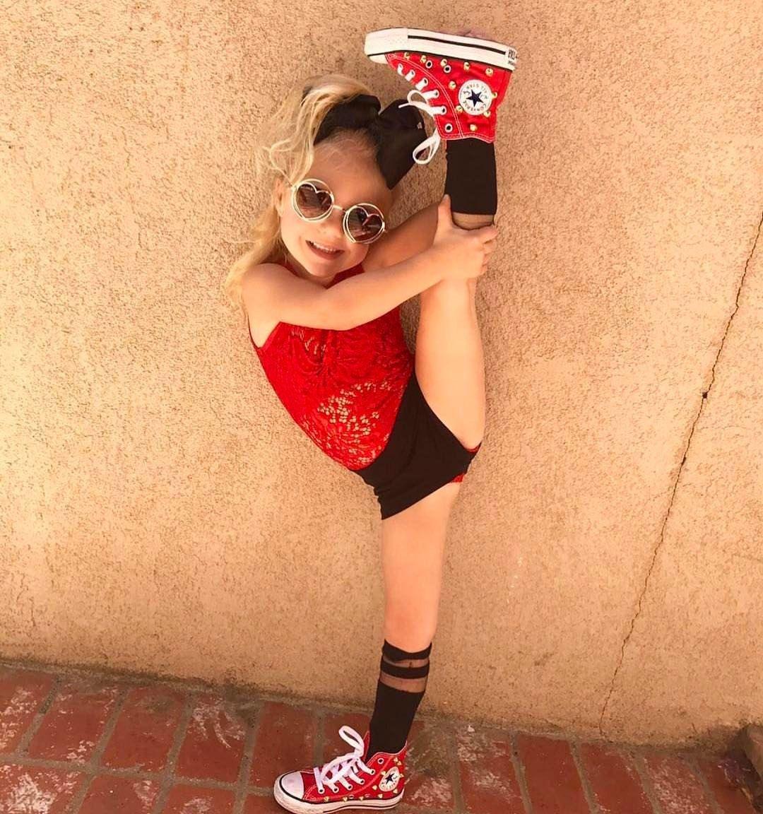 @everleighrose showing her talent with the leg hold!! So cute in our red studded converse!!!! ❤️❤️❤️❤️❤️ #iglittlestyles #spectacularkidz  #girlfashion #trendykiddies  #fashionkidsindustry #Ig_fashionkiddies #kidzootd #instafashion #kidstyle #ig_kids #kidzfashion #stylishigkids #fashionminis #kidswear #trendykidz_fashion #hipkidfashion #hipnswagkidz #stylishcutefashionkids  #cutekidsclub #fashionista #kidswithstyle #kidfashion #kidsstylezz #kidsneakerheads #springfashion #ins