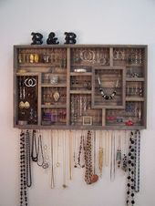 Photo of Jewelry Organizer Wandbehang von barbwireandbarnwood auf Etsy