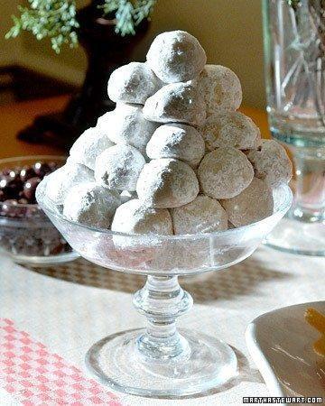 Noel Nut Balls Recipe.