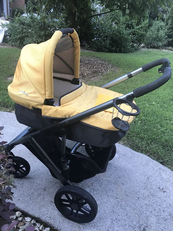 Uppa baby stroller, 2010 for Sale in Lawrenceville, GA