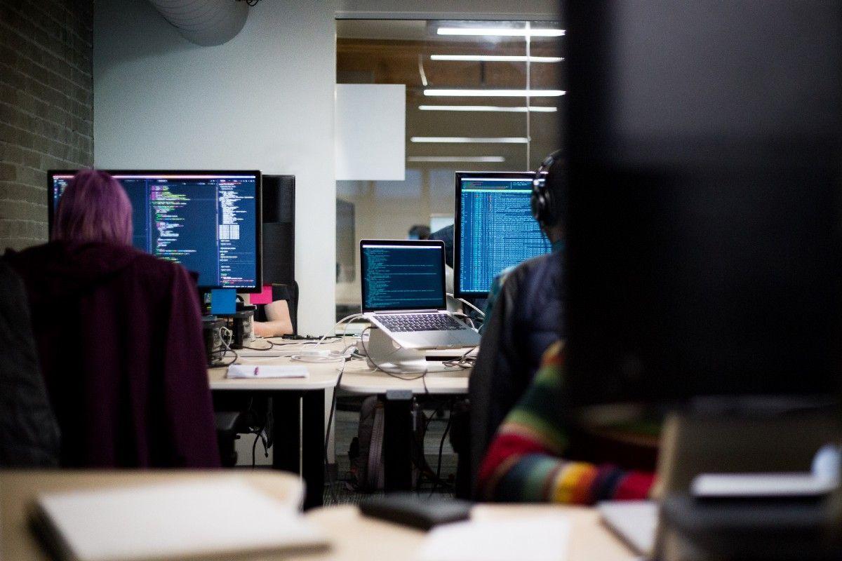 The 3 reasons you should learn Docker Docker https
