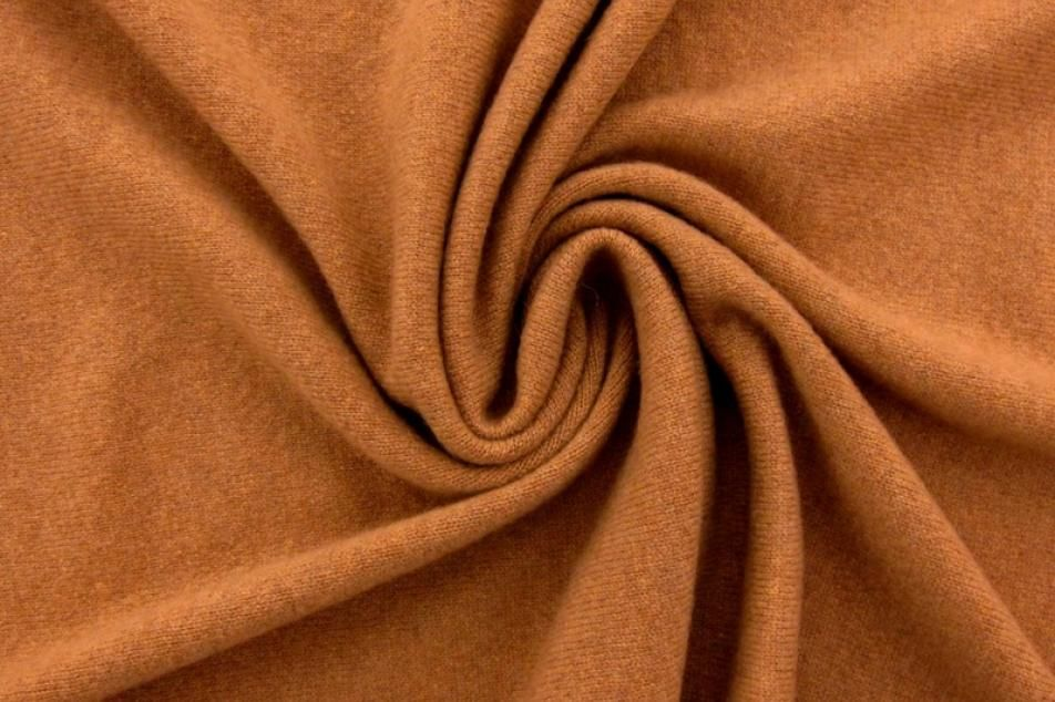 Cashmere Knit in Nutmeg