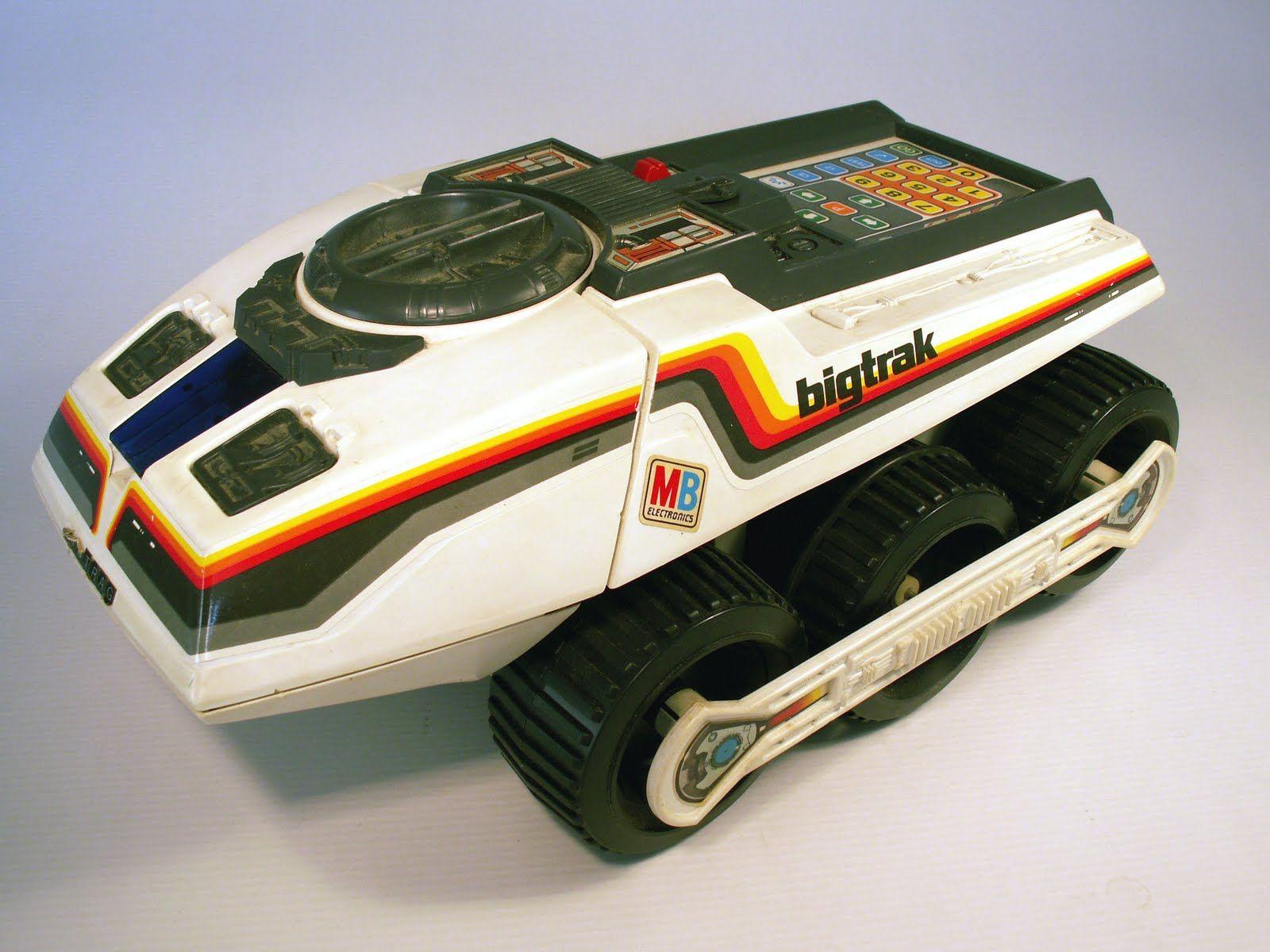 KINDERZIMMER-HELDEN: BIG TRAK von MB Electronics & THE BRAIN