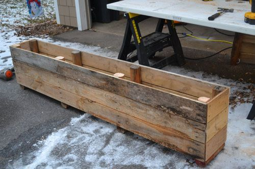 How To Turn A Pallet Into A Planter Pallet Planter Box Pallet Planter Pallet Diy