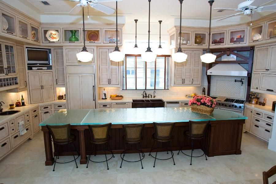 19 Adorable Stylish Glass Kitchen Countertop Design Ideas