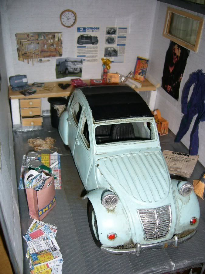 Miniature garage citroen 2cv4 roombox garages miniatures - Garage miniature citroen ...