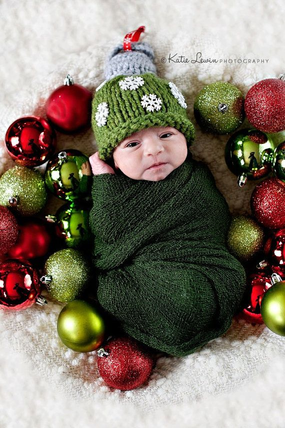 Diy Newborn Christmas Photography