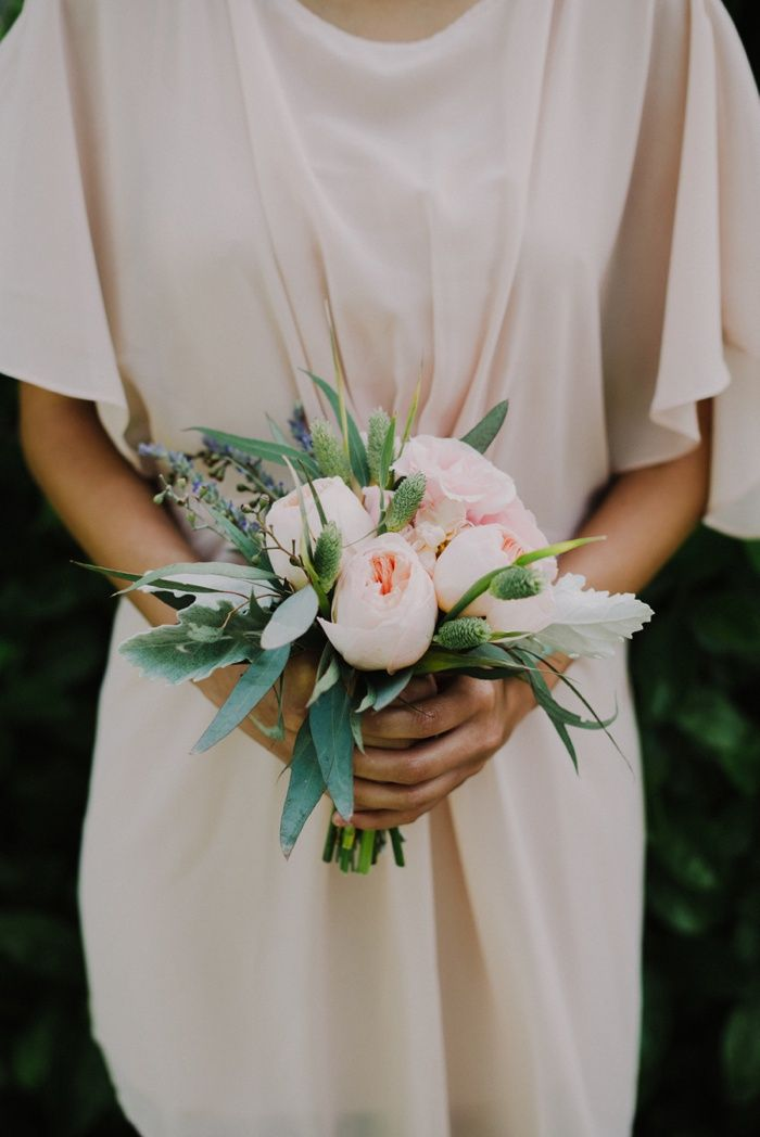 Vintage & Romantic Grace Maralyn Estates wedding on Wedding Chicks | Small wedding bouquets ...