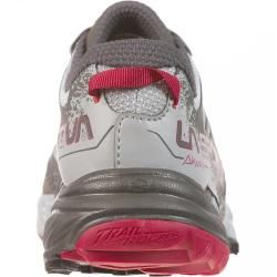 Photo of Reduced trail running shoes for women