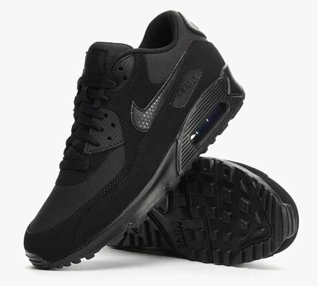 An All Black Nike Air Max 90 With Added Detail | Nike air