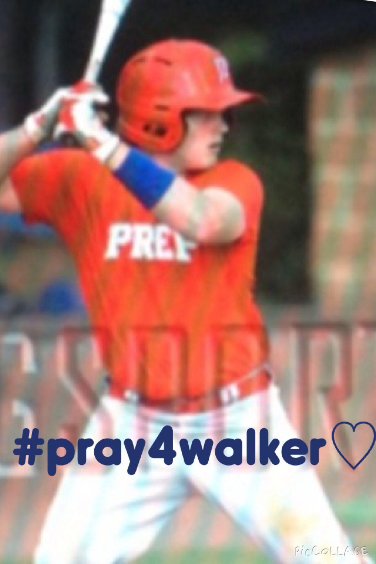 PLEASE PLEASE PLEASE HE NEEDS ALOT OF PRAYERS♡
