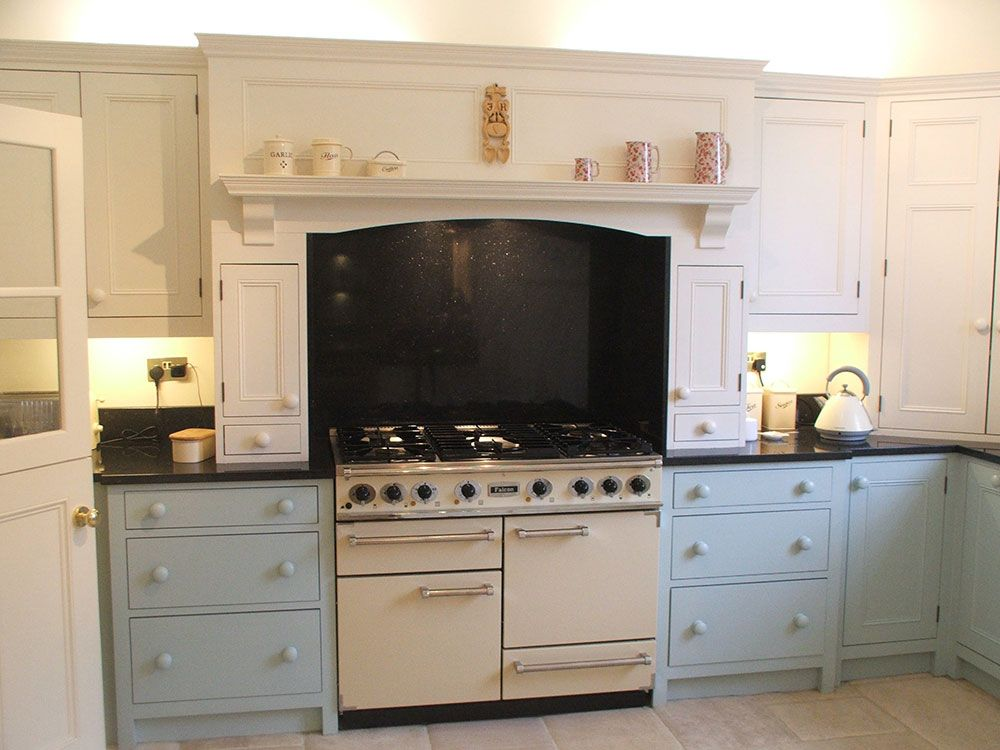 Traditional Kitchen built by skilled craftsmen. Handmade Kitchen Co. Tel: 01992 577998
