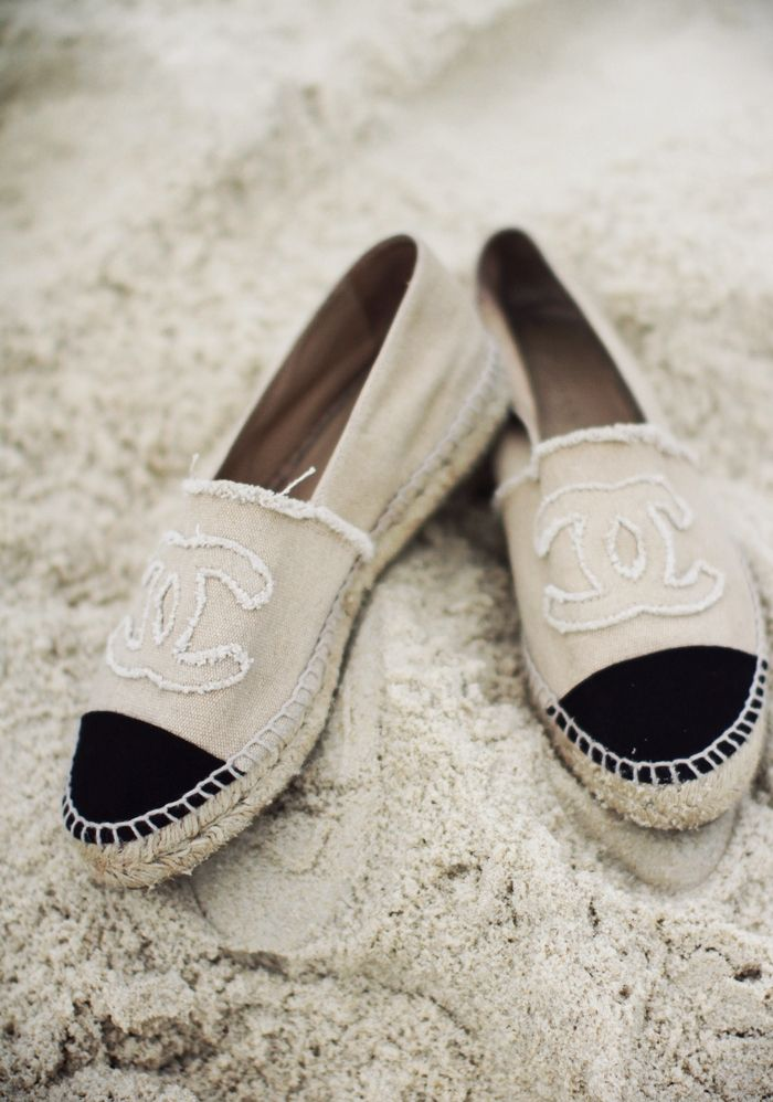 84ea1288000 Pin by Yvonne Duffy Vetuschi on Footware | Fashion, Chanel ...