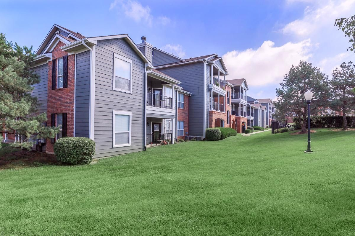 Pin By Somerset Oaks Apartment Homes On Https Www Somersetoaksapts Com Beautiful Apartments House Styles Renting A House