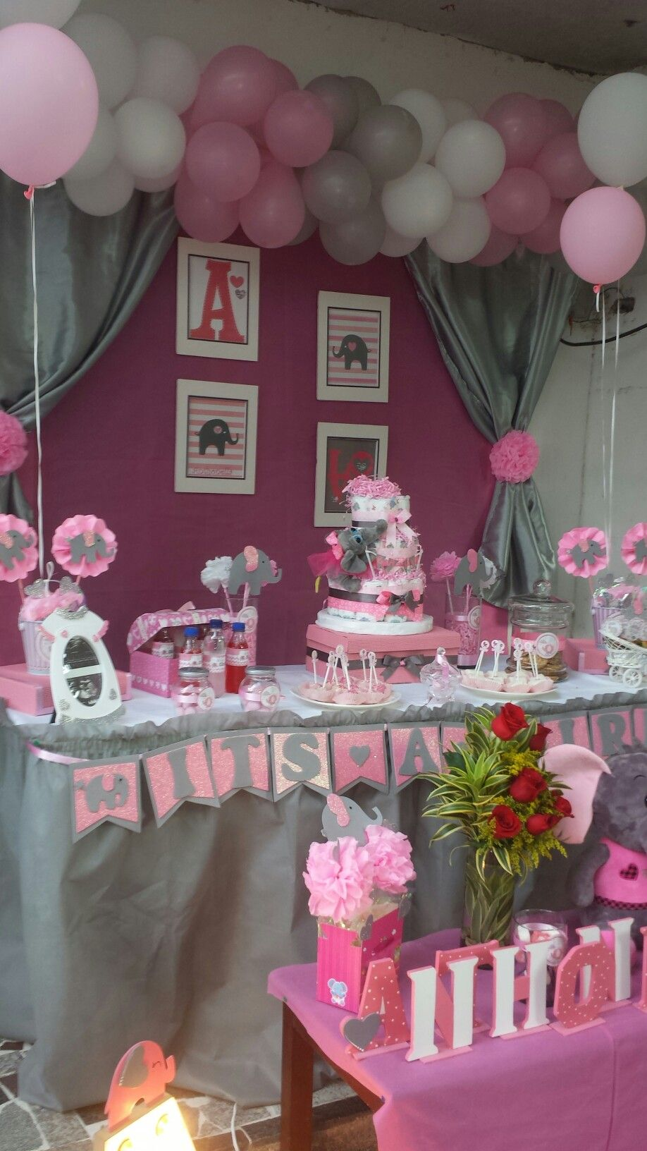 Elephant pink and grey baby shower elephant pink and for Baby shower decoration pics