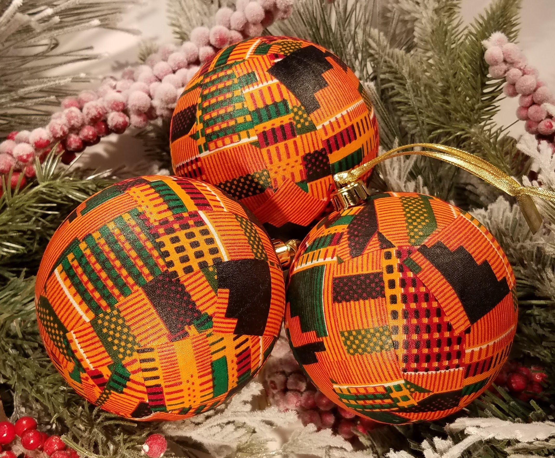 Kente African Ornaments Bright Orange Kentegreat For Etsy African Christmas Christmas Baubles To Make Kwanzaa