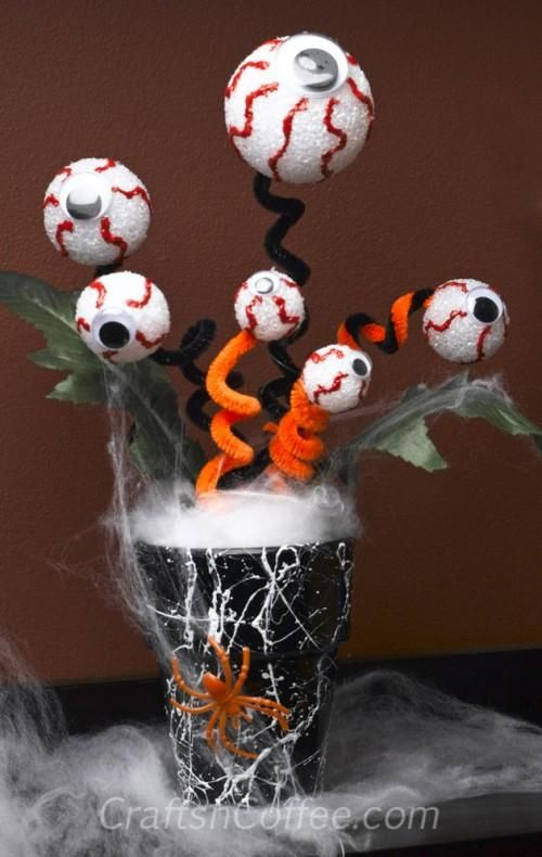 spooky craft ideas diy hallowen crafts diy spooky eyeball bouquet for 2986