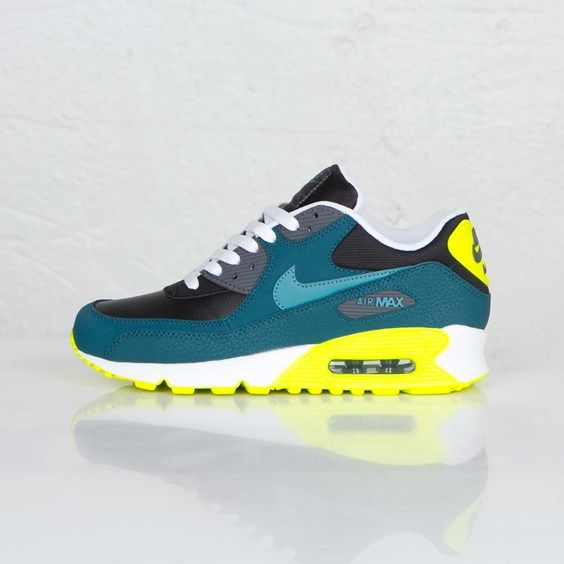 Nike Air Max 90 Gs Https Tumblr Com Zsbdbd2n1f8wm Nike Air Max Nike Shoes Cheap Nike Free Shoes