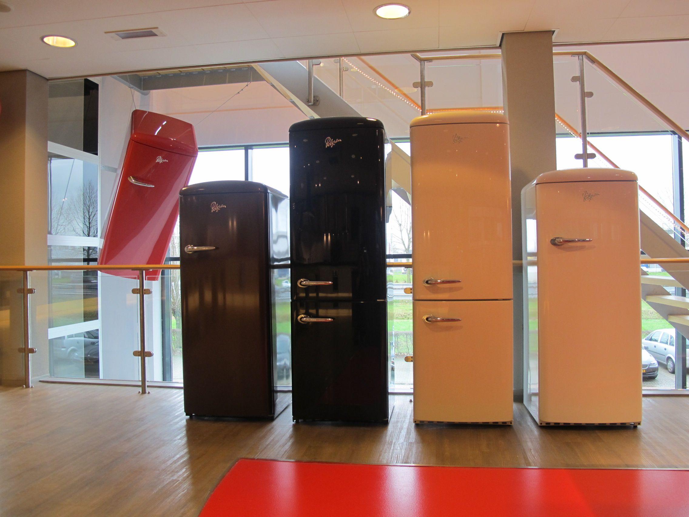 Retro Pelgrim Koelkast : Retro koelkasten in alle kleuren! pelgrim showroom duiven