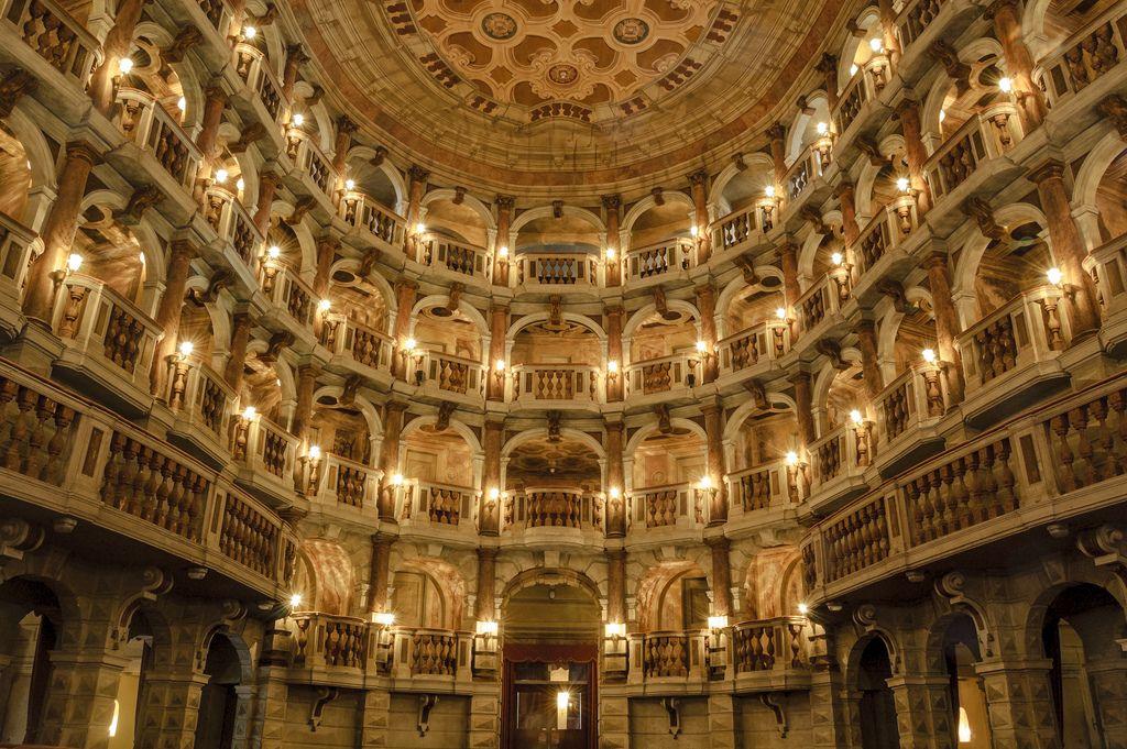 Mantua - Teatro Scientifico   by bautisterias