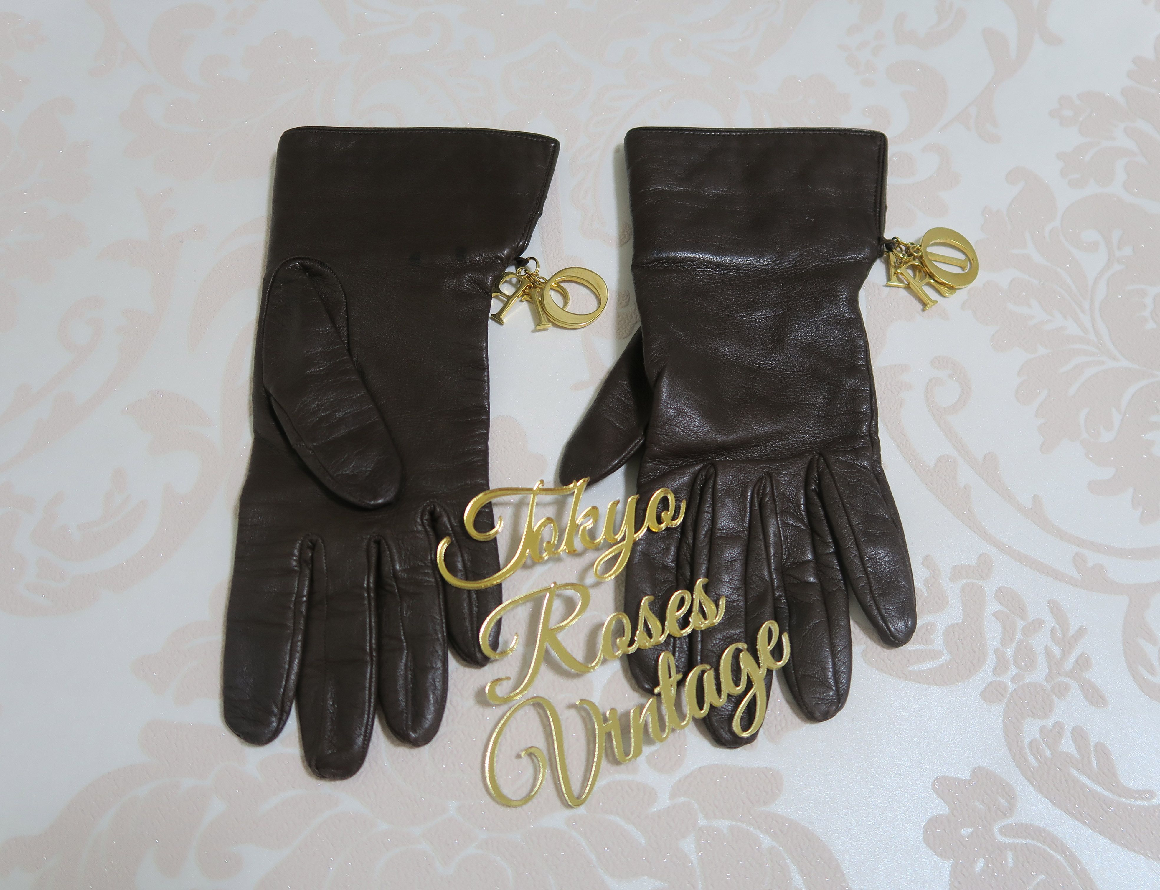 cee897dfd6 Brown Leather Christian Dior Gold Logo Charm Gloves 2 way cannage ...