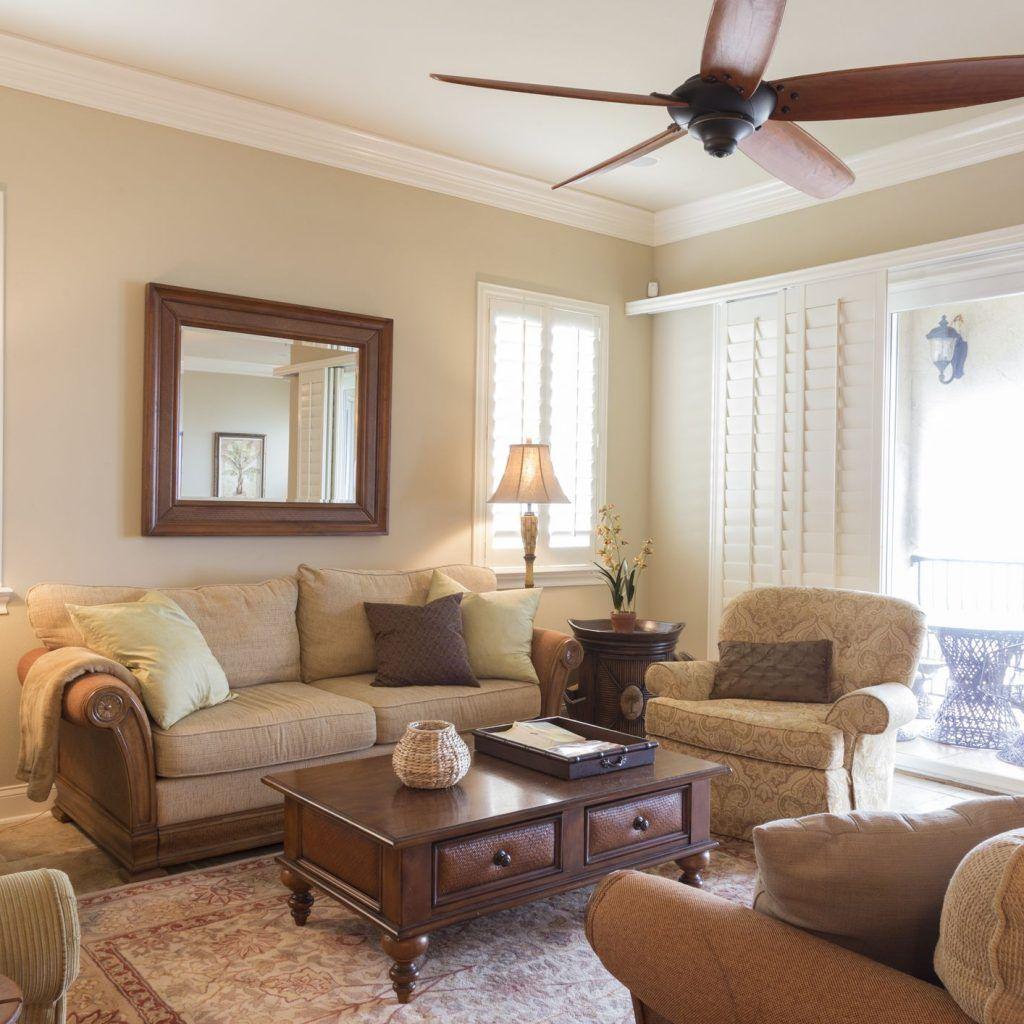 Warm Neutral Living Room Ideas Mar 31 2018 Explore Theresahardys Board Neutral Living Rooms Followed By 5757 P Desain Interior Interior Desain Interior Rumah