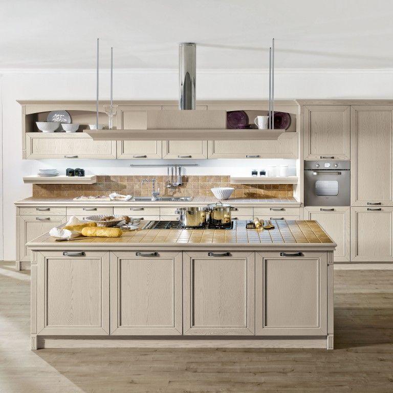 Cucina classica con isola nel nostro negozio potrai trovare cucine classiche eleganti e in - Cucina classica con isola ...