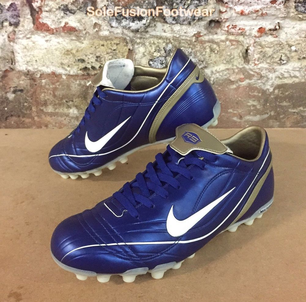 chaussure de foot nike r9