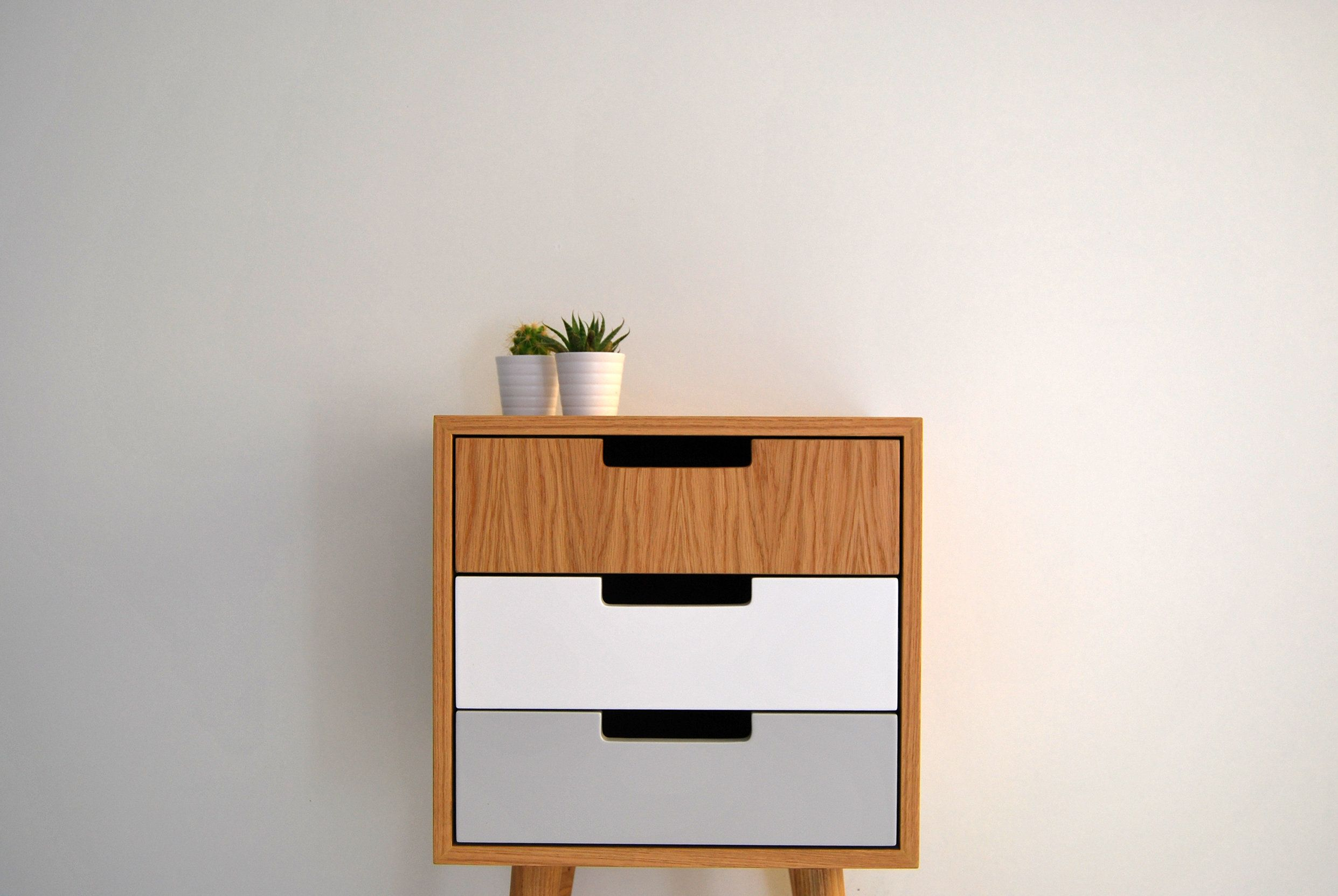 Pair Of Nightstand Bedside Table Side Table With One Drawer Lacquered In White Scandinavian Design Mid Century Modern Retro Modern Bedroom Decor Grey Modern Side Table Bedroom Modern Side Table
