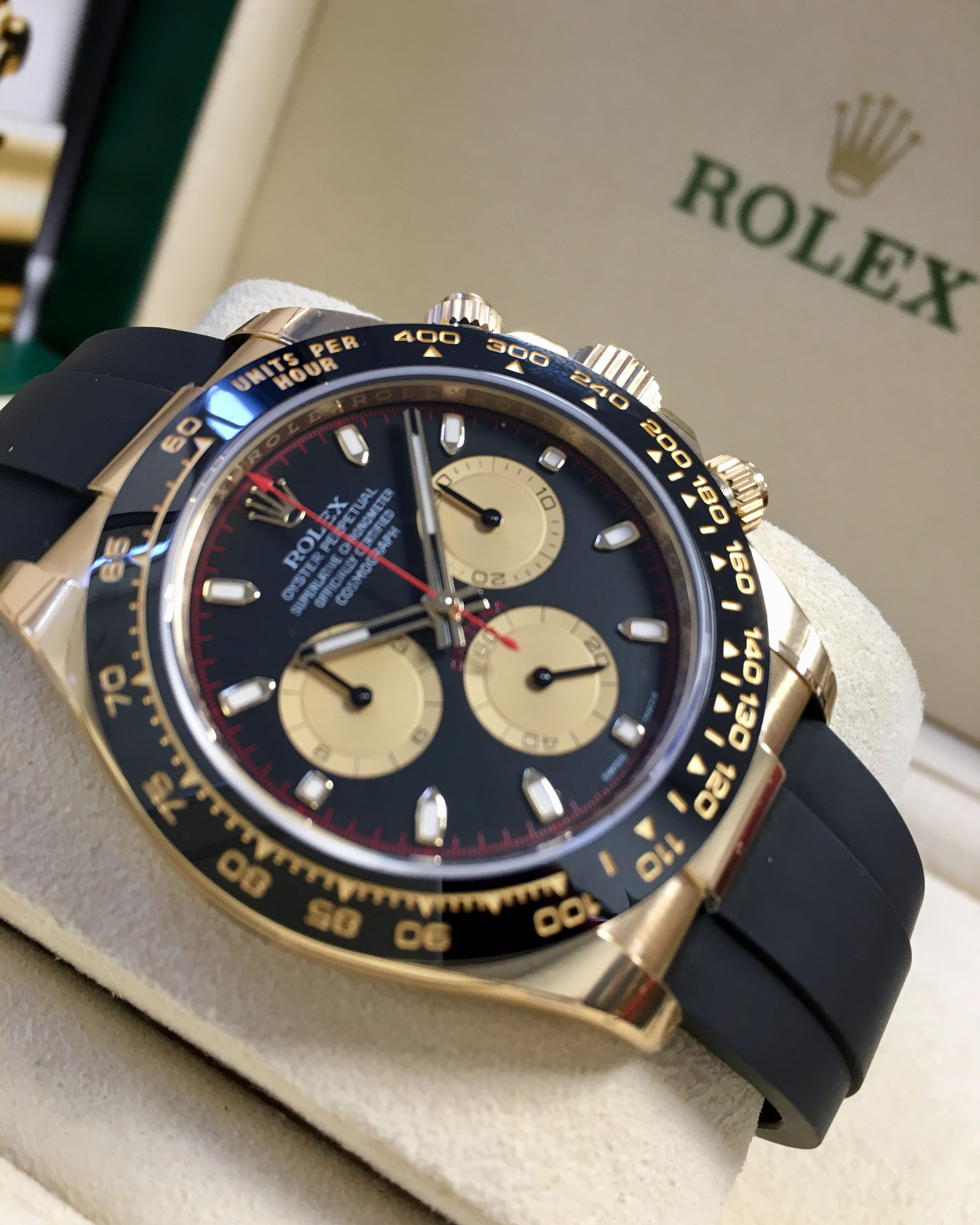 Rolex Daytona Yellow Gold Black Champagne Dial Oysterflex 116518LN ... fc7ff0e488