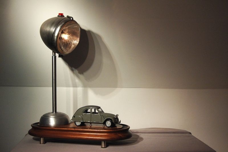 Love This Lamp Also From Garbage Lamp Recycled Lamp Lamp Pipes