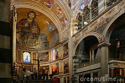 Pisa, Cathedral interior with mosaics