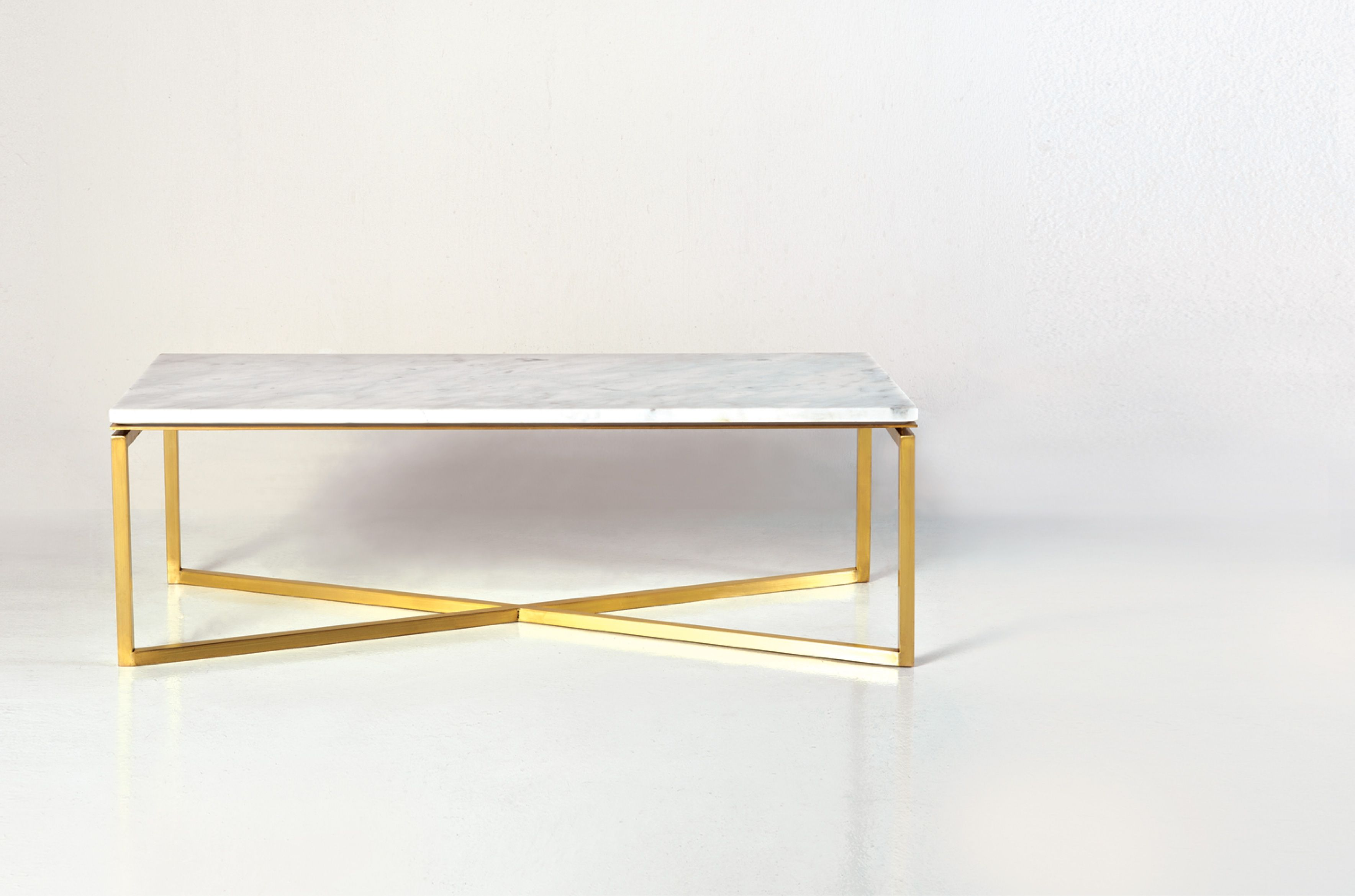 BAGUETTE coffee table Brass leg in Gold finish and white carrara