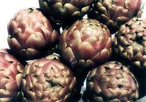 Buona Pasqua a tutti con un grande classico della cucina romana: i Carciofi alla Romana, su http://www.ricette20.it.