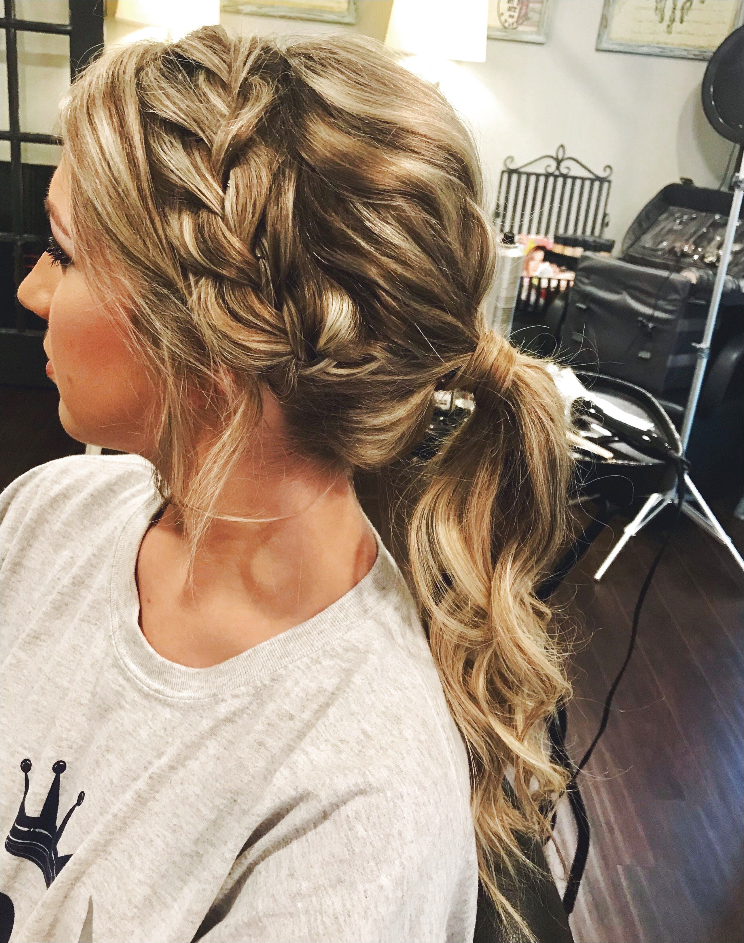 Pin On Easy Prom Hairstyles