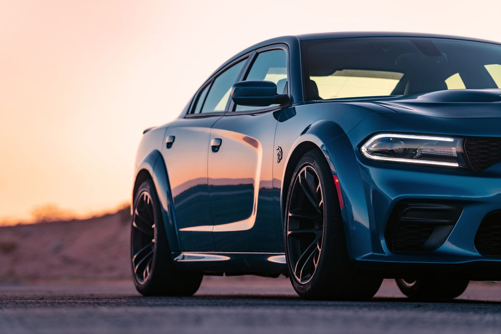 The 2020 Dodge Charger Srt Hellcat Widebody Is A Monster Sedan That Runs 10s Dodge Charger Srt Hellcat Charger Srt