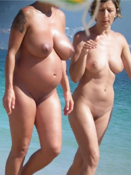 Pregnant Mom And Daughter Nude
