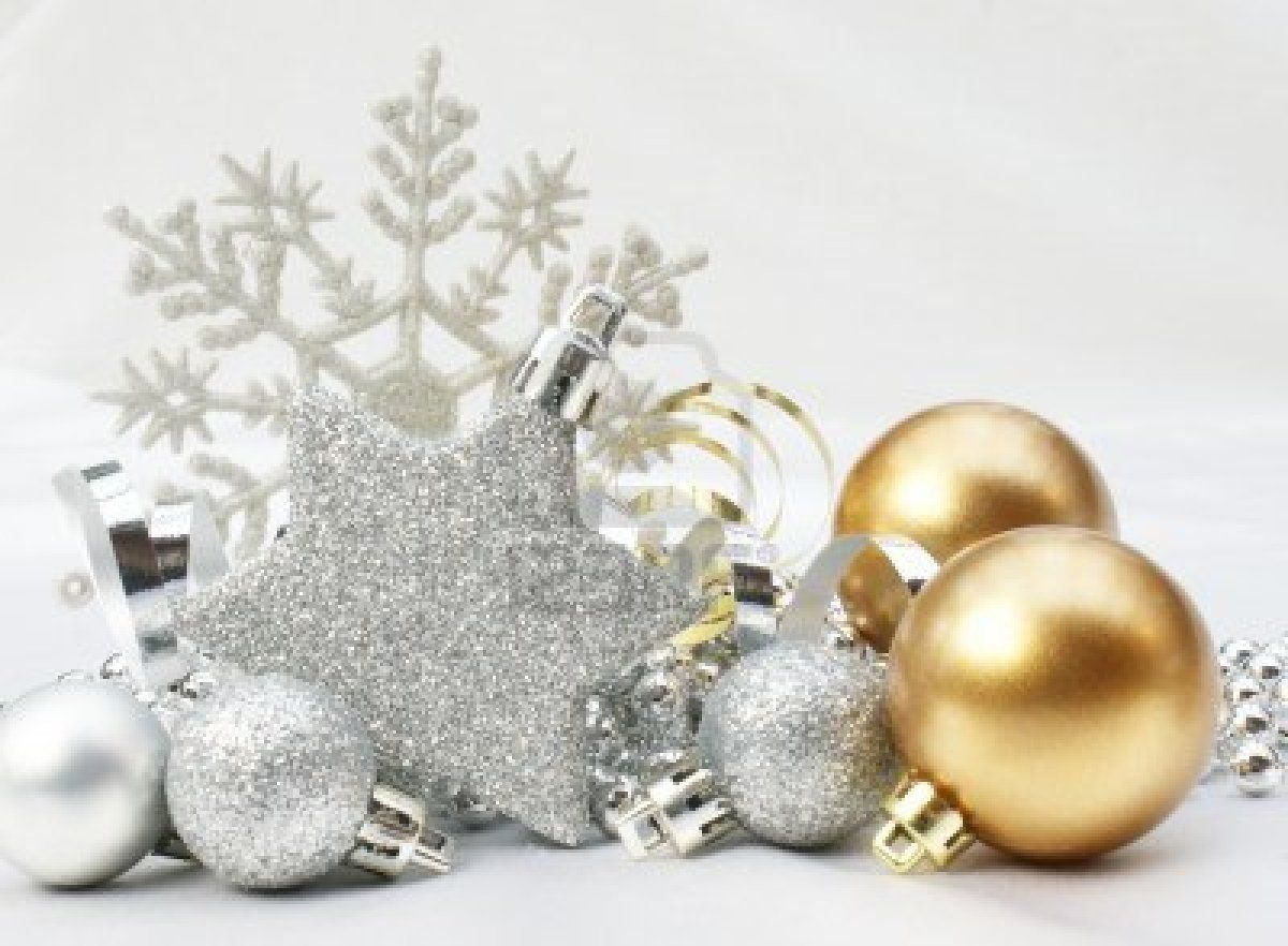 gold and silver christmas gift bags