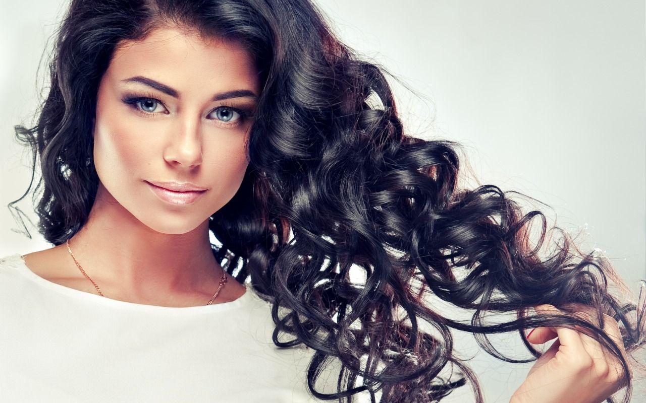 Download Wallpaper Look Girl Smile Makeup Hairstyle Brown Hair