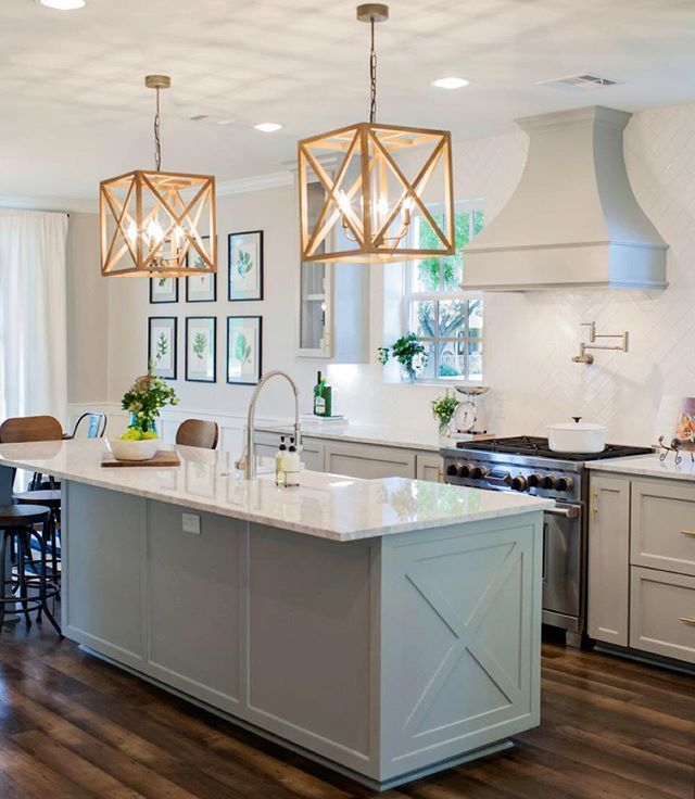 Farmhouse Kitchen Island With Seating: Traditional Meets Rustic. My Favorite Combination! Fixer