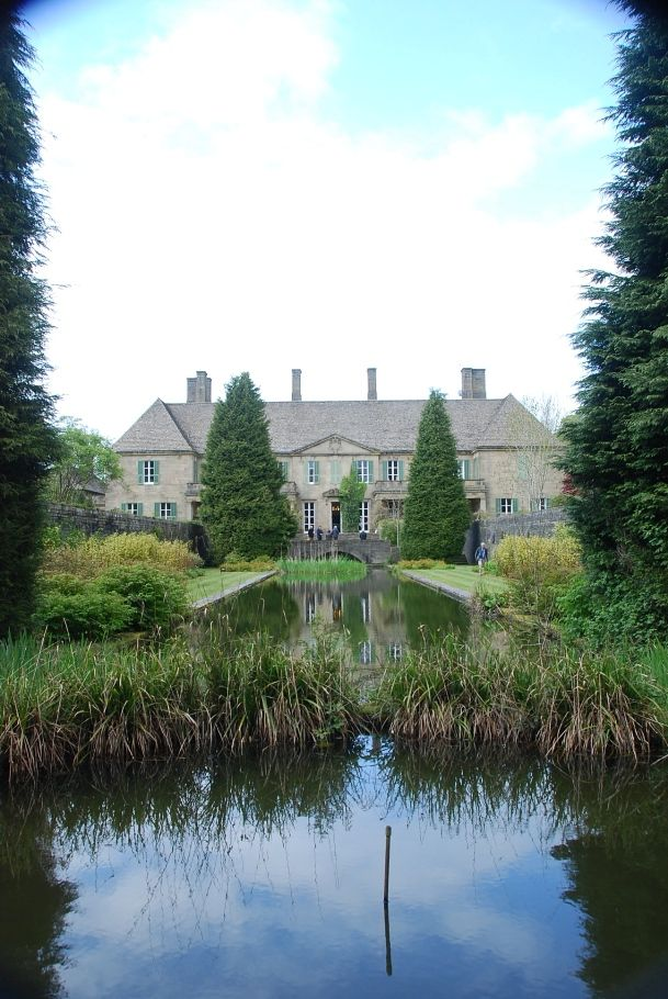 Gledstone Hall, designed by Sir Edwin Lutyens