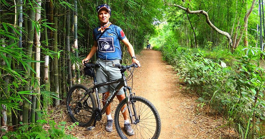 Biking in Vietnam as a teambuilding activity on an incentive trip to Indochina  #SaffronTravel #MICE #Vietnam #Travelmediate